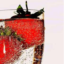 Champagne & Strawberries Elegance Candles
