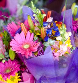 Paris In Bloom Large Elegance Candle