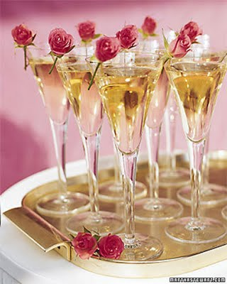 Champagne & Roses Small Elegance Candle